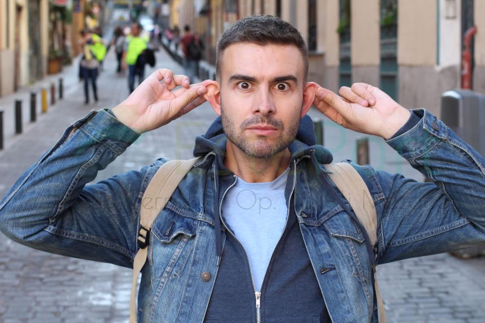 İple Kepçe Kulak Estetiği